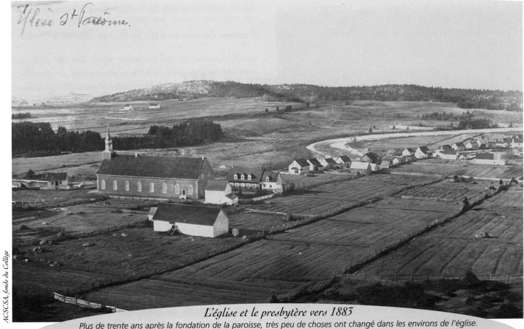Église et presbytère 1883 - Municipalité Saint-Pacôme